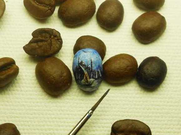 14-incredibly-tiny-works-of-art